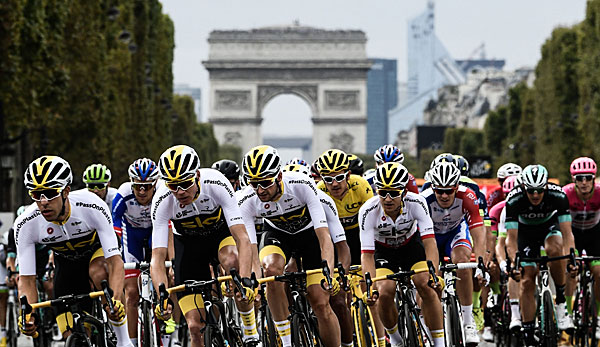 Die Tour de France endet traditionell auf dem Champs Elysees in Paris.