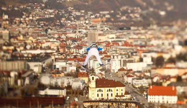 Vierschanzentournee in Innsbruck: Stoch fährt nach Sieg als Topfavorit nach Bischofshofen