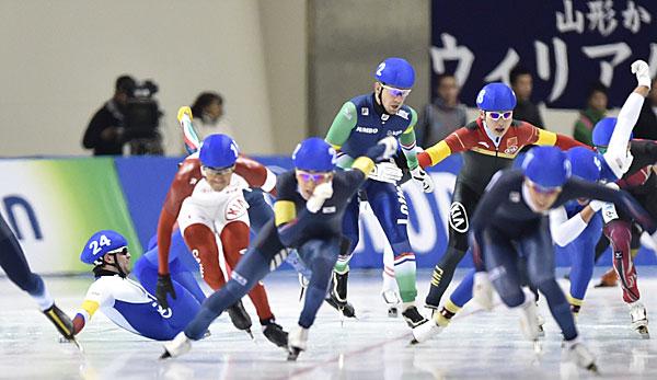 Massenstart Eisschnelllauf