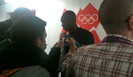 Mixed Zone in London: Kobe Bryant hautnah