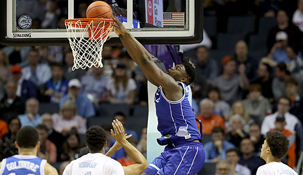 Zion Williamson verbuchte gegen North Carolina ein Double-Double.
