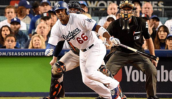 Yasiel Puig steht mit den Los Angeles Dodgers in der World Series