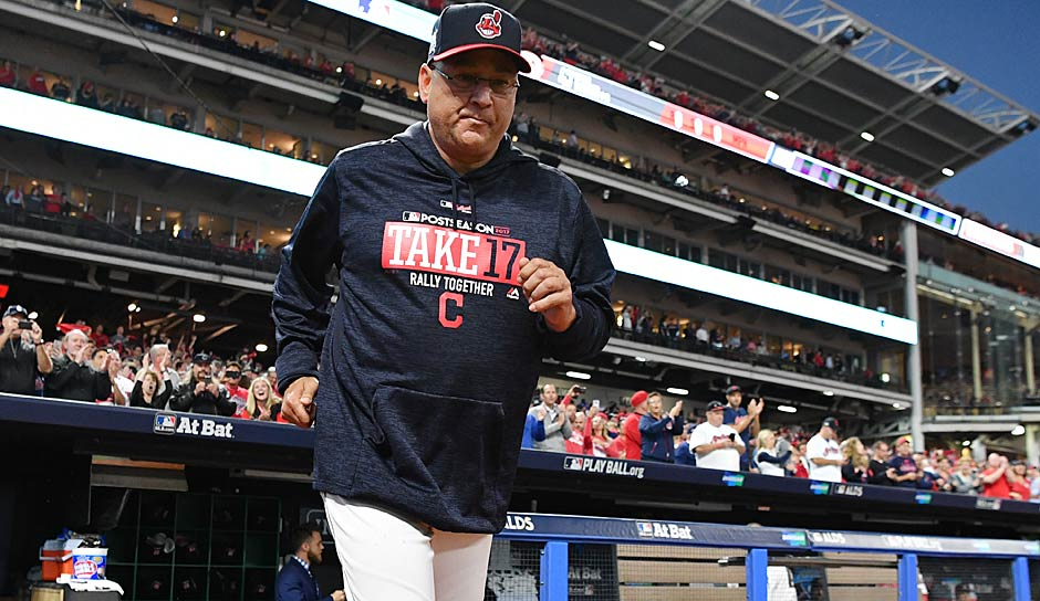 AMERICAN LEAGUE - Manager of the Year: Terry Francona (Cleveland Indians)