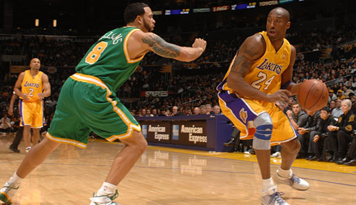Lakers-Superstar Kobe Bryant im Duell mit Jazz-Spielmacher Deron Williams