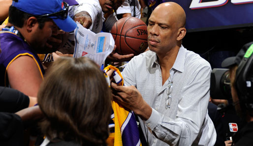 Kareem Abdul-Jabbars Karriere: 24,6 Punkte, 11,2 Rebounds, 3,6 Assists, 2,6 Blocks