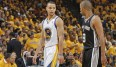 Tony Parker (r.) ist in den Playoffs bislang der Top-Scorer der San Antonio Spurs
