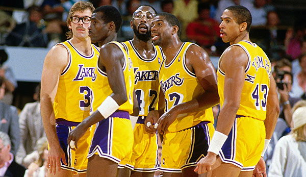 Würden die Lakers um Magic Johnson (2.v.r.) die heutigen Warriors schlagen?