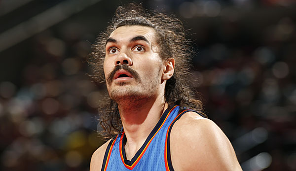 Steven Adams hat Eier