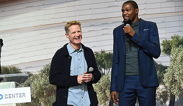 Steve Kerr ist seit 2014 Coach der Golden State Warriors