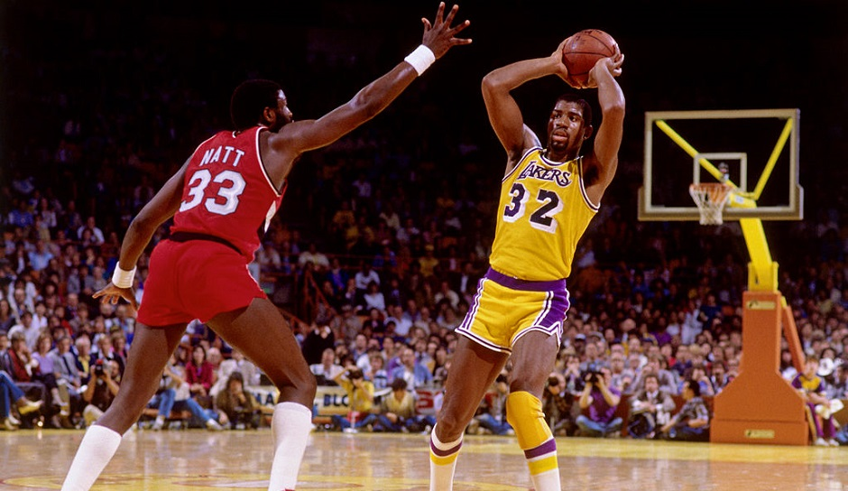 Die meisten Assists in einem Playoff-Game: Magic Johnson (24), Lakers vs. Suns, 1984