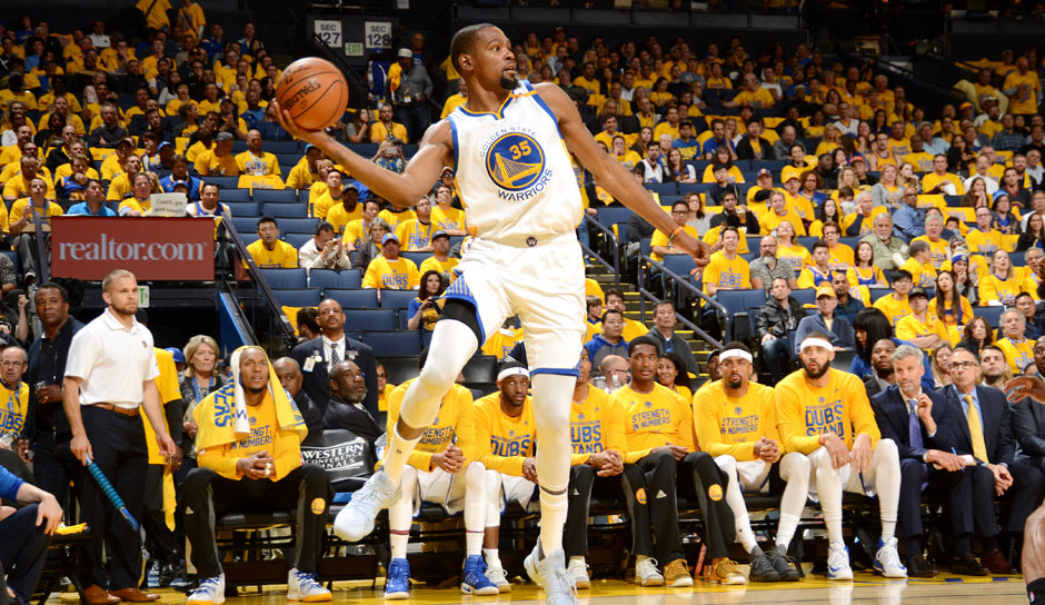 Kevin Durant (Golden State Warriors, Forward, 239 Punkte): 25,1 Punkte. 8,3 Rebounds