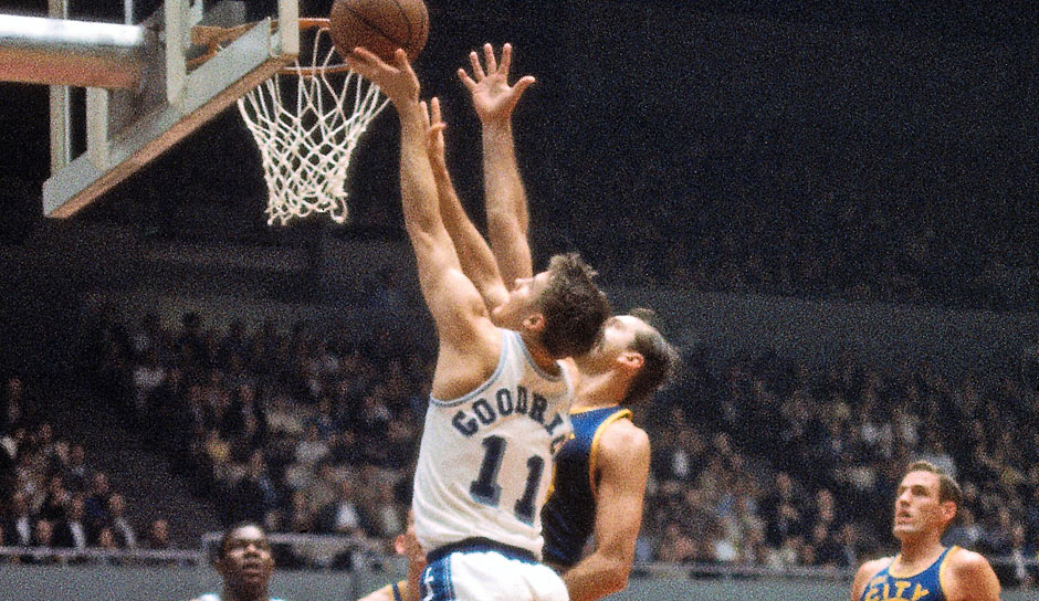 Platz 3 (56 Punkte) - Conference finals 1973, Spiel 3: Los Angeles Lakers- Golden State Warriors 126:70