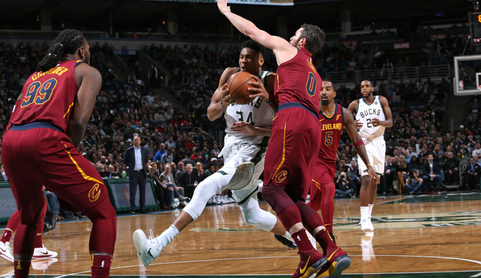 Giannis Antetokounmpo (Milwaukee Bucks): 54 Punkte