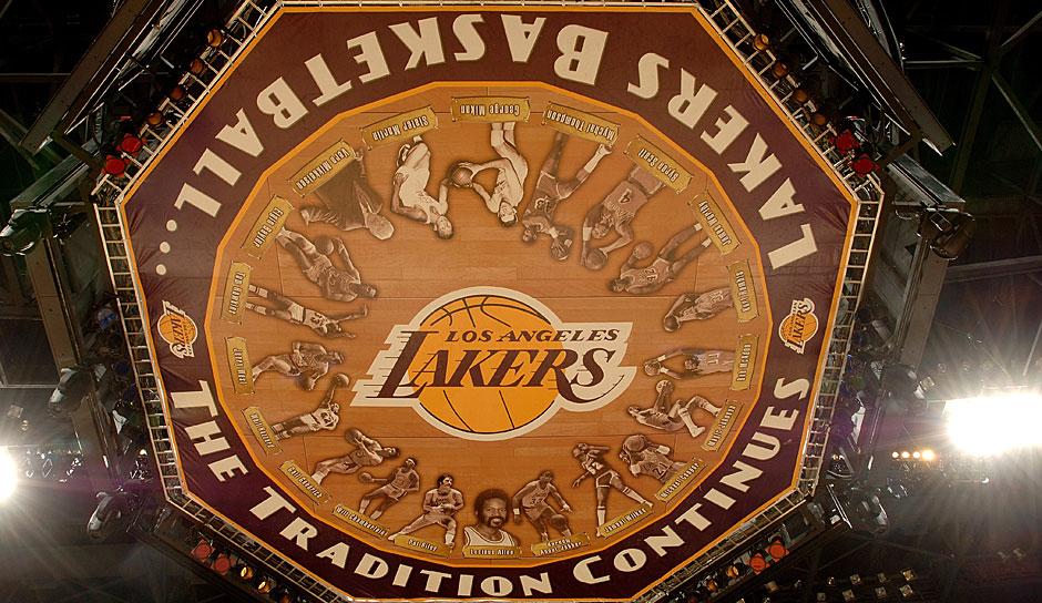 Platz 2: Los Angeles Lakers - 3,3 Milliarden Dollar