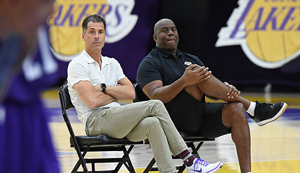 Magic Jonshon und Rob Pelinka leiten seit 2017 das Front Office der Lakers.