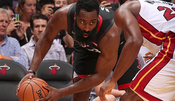 NBA Preseason: James Harden explodiert erneut - Stephen Curry und D'Angelo Russell vermöbeln die Lakers