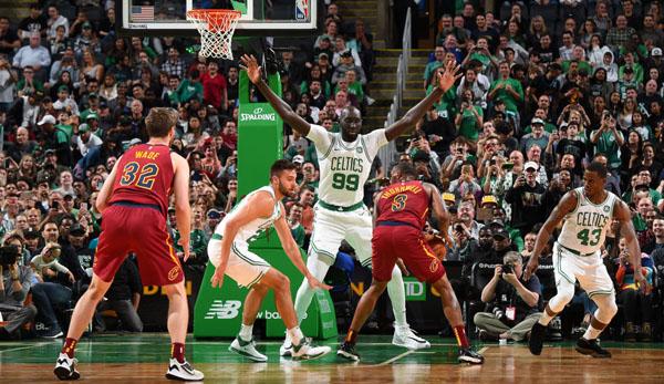 NBA News: Größter NBA-Spieler Tacko Fall erhält Two-Way-Vertrag bei den Boston Celtics