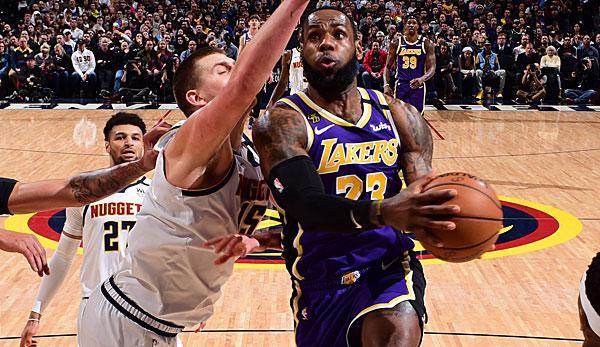 NBA: Los Angeles Lakers siegen dank LeBron James nach Verlängerung in Denver - Siegesserie der Toronto Raptors reißt