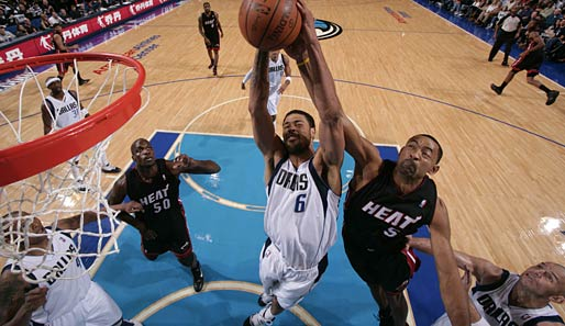 http://www.spox.com/de/sport/ussport/nba/dallas-mavericks/1011/Bilder/tyson-chandler-interview-514.jpg