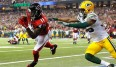 Julio Jones (l.) machte mit Green Bays Secondary, was er wollte