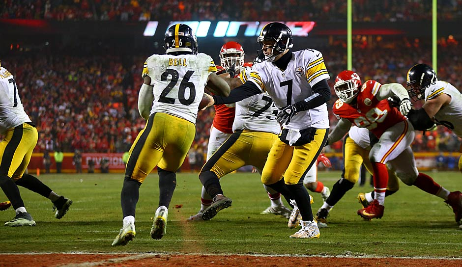 Die Top 5s - RUNNING BACKS: 1. Le'Veon Bell (Steelers), 2. David Johnson (Cardinals), 3. LeSean McCoy (Bills), 4. Jordan Howard (Bears), 5. Jay Ajayi (Dolphins). Bleibt Elliotts 6-Spiele-Sperre bestehen, muss man ihn später einordnen