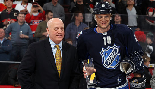 Bill Daly (l.) mit Marian Gaborik von den New York Rangers beim NHL All-Star Game 2012