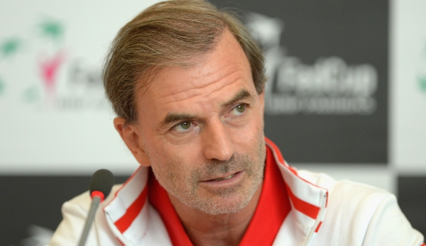 LEIPZIG, GERMANY - FEBRUARY 03: Head coach Heinz Guenthardt of team Switzerland attends a press conference prior to the Fed Cup match against Germany at Messe Leipzig on February 3, 2016 in Leipzig, Germany. (Photo by Thomas Eisenhuth/Bongarts/Gett...