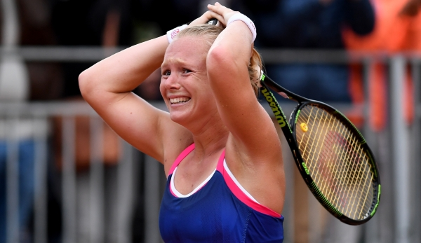 PARIS, FRANCE - MAY 28: Kiki Bertens of Netherlands celebrates victory during the Ladies Singles third round match against Daria Kasatkina of Russia on day seven of the 2016 French Open at Roland Garros on May 28, 2016 in Paris, France. (Photo by D...