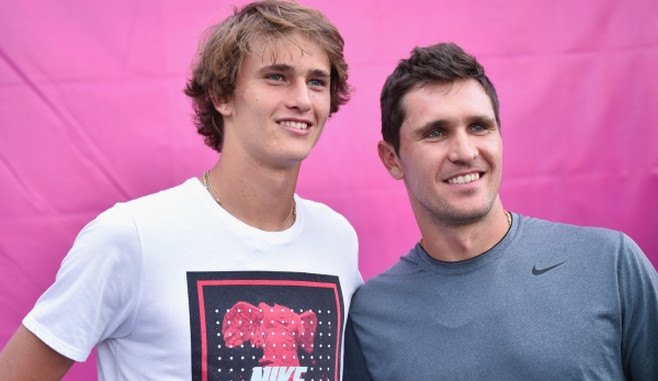 MELBOURNE, AUSTRALIA - JANUARY 18: Alexander Zverev of Russia poses with his brother Mischa Zverev during day one of the 2016 Australian Open at Melbourne Park on January 18, 2016 in Melbourne, Australia. (Photo by Vince Caligiuri/Getty Images)