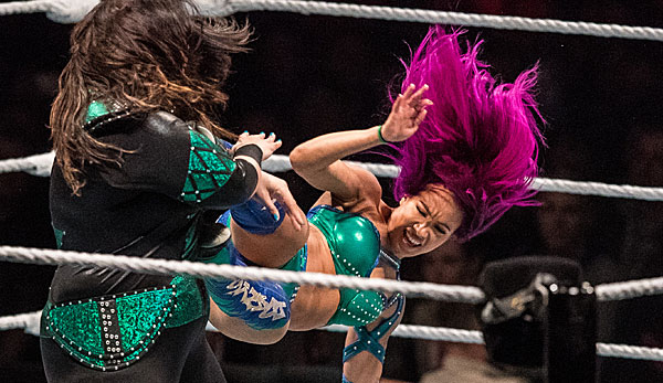 Sasha Banks triumphiert in Los Angeles